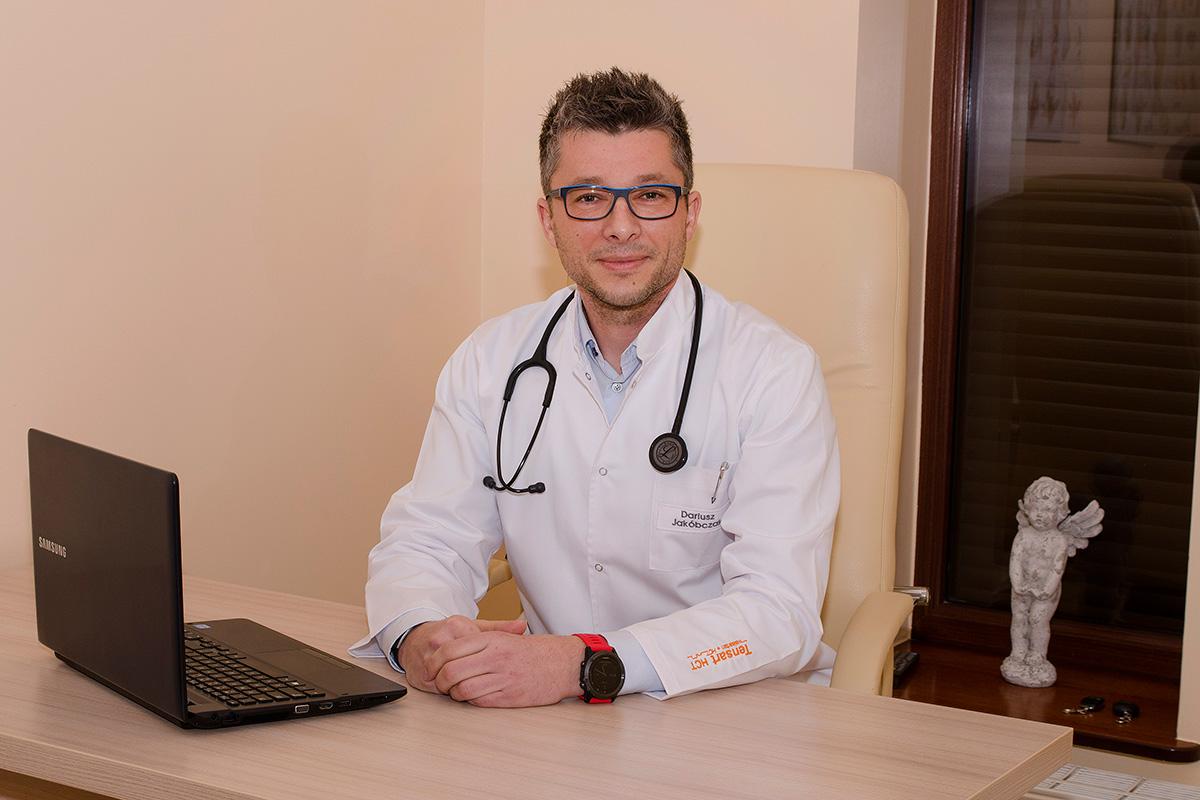 Dariusz Jakóbczyk - lekarz chorób wewnętrzych